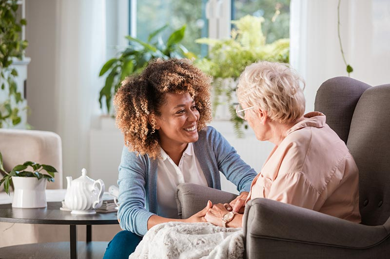Using your CNA Skills as a Home Health Aide